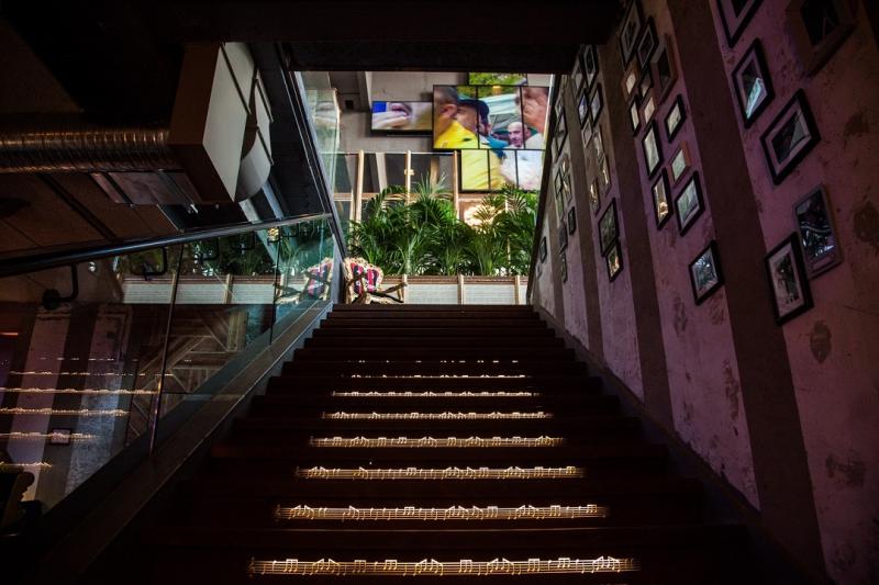 Hosteria della Musica - Scala per piano inferiore