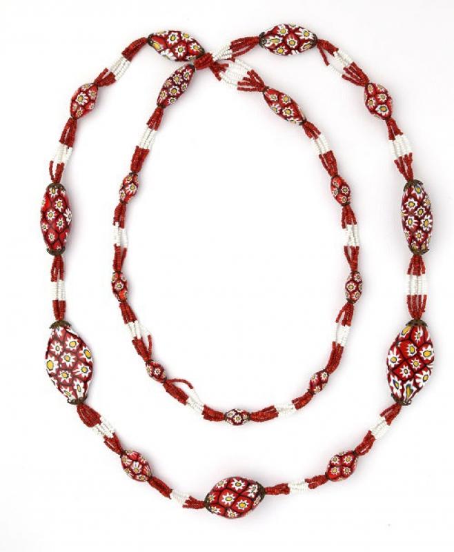Sautoir, perle millefiori e conterie di vetro, anni 20-30, Ercole Moretti, Murano– foto Francesco di Bona