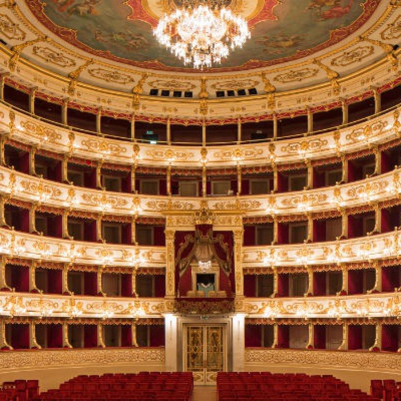 Loggiato Teatro Regio