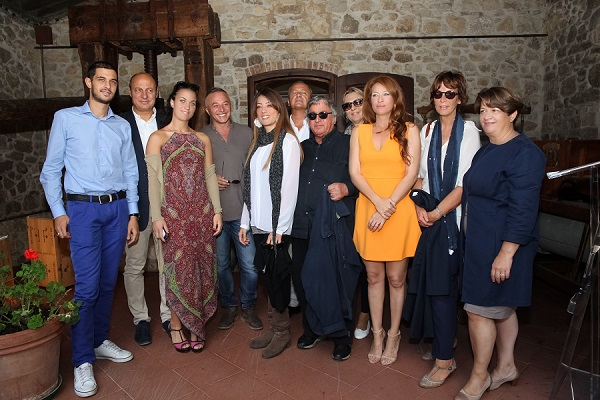 La Famiglia Zingarelli, Raimondo Galeano e Simona Gavioli