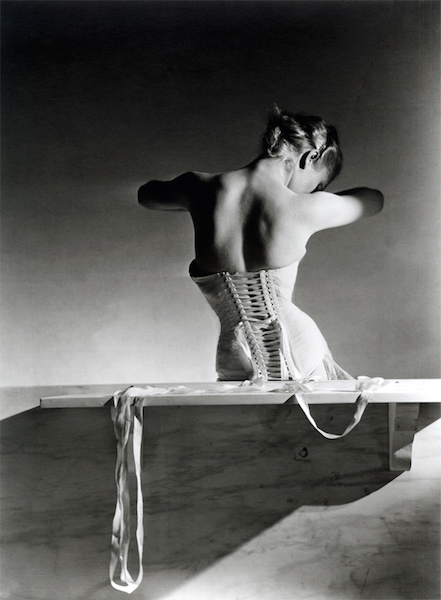Mainbocher corset - Paris 1939