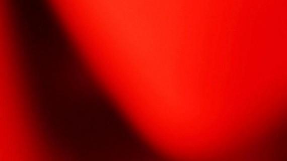 Fotografare il rosso: due mostre di Anna Del Vecchio