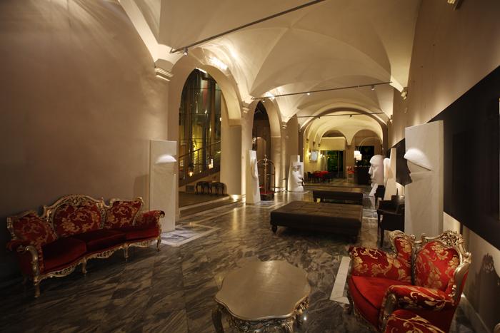 Borghese Palace Art Hotel per immergersi in atmosfere retrò chic
