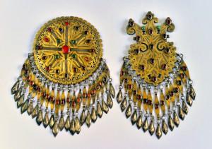 Pettorali_ argento inciso e dorato a caldo, corniola e paste di vetro_ Iran_Tekke_ XIX-XX secolo
