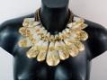 Unconventional Jewels, ornamenti ossei non convenzionali ridisegnano l'arte