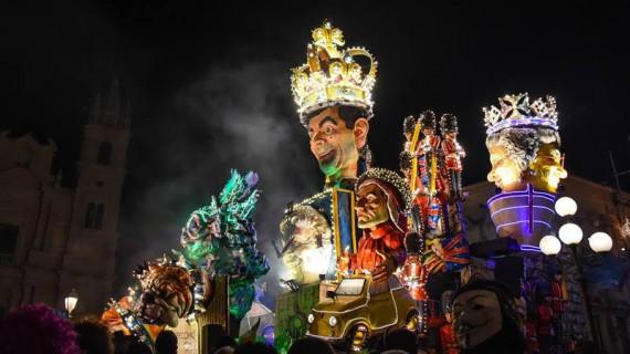 Il Carnevale di Acireale fa il boom a suon di tecnologia e rinnovamento