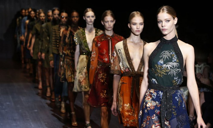 Milano fashion week: la tendenza è sconvolgere la moda