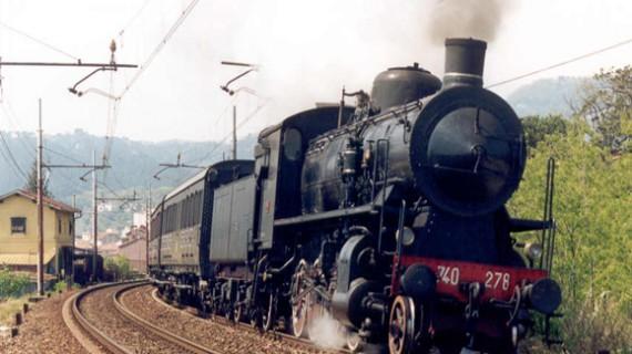 In treno a vapore nella terra dei Sanniti. La Campania scommette sullo slow tourism