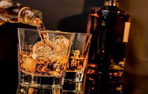 """A Tutta Torba! Intervista a Pino Perrone: """"Vi racconto il fascino del Whisky"""""""