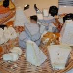 Wine tasting privata con Paolo Basso a base di champagne e formaggi francesi