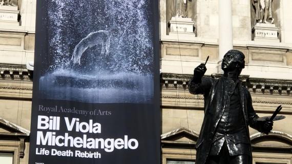Bill Viola/Michelangelo Life, Death, Rebirth, in mostra alla Royal Academy of Arts di Londra