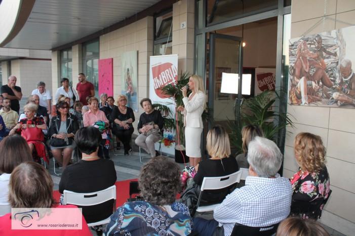 Marta Lock: Critica d'Arte Ufficiale alla Biennale Internazionale del Lazio
