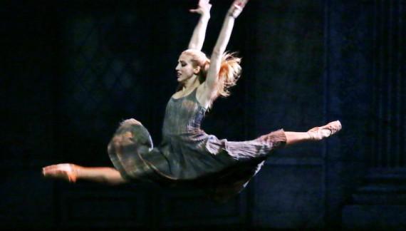La prima ballerina della Scala Virna Toppi sarà Cenerentola al Brancaccio!