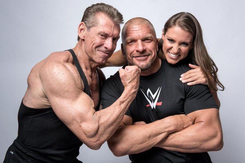 Vince McMahon, Triple H e Stephanie McMahon