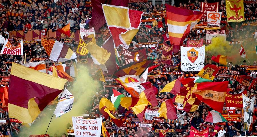 Tifosi dell Roma Curva Sud