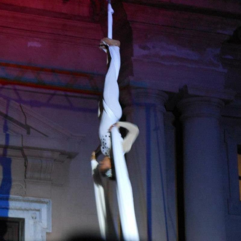 acrobatica aerea-verticale