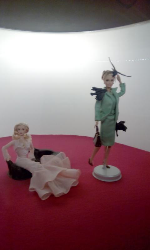 KIng Kong and Dorothy