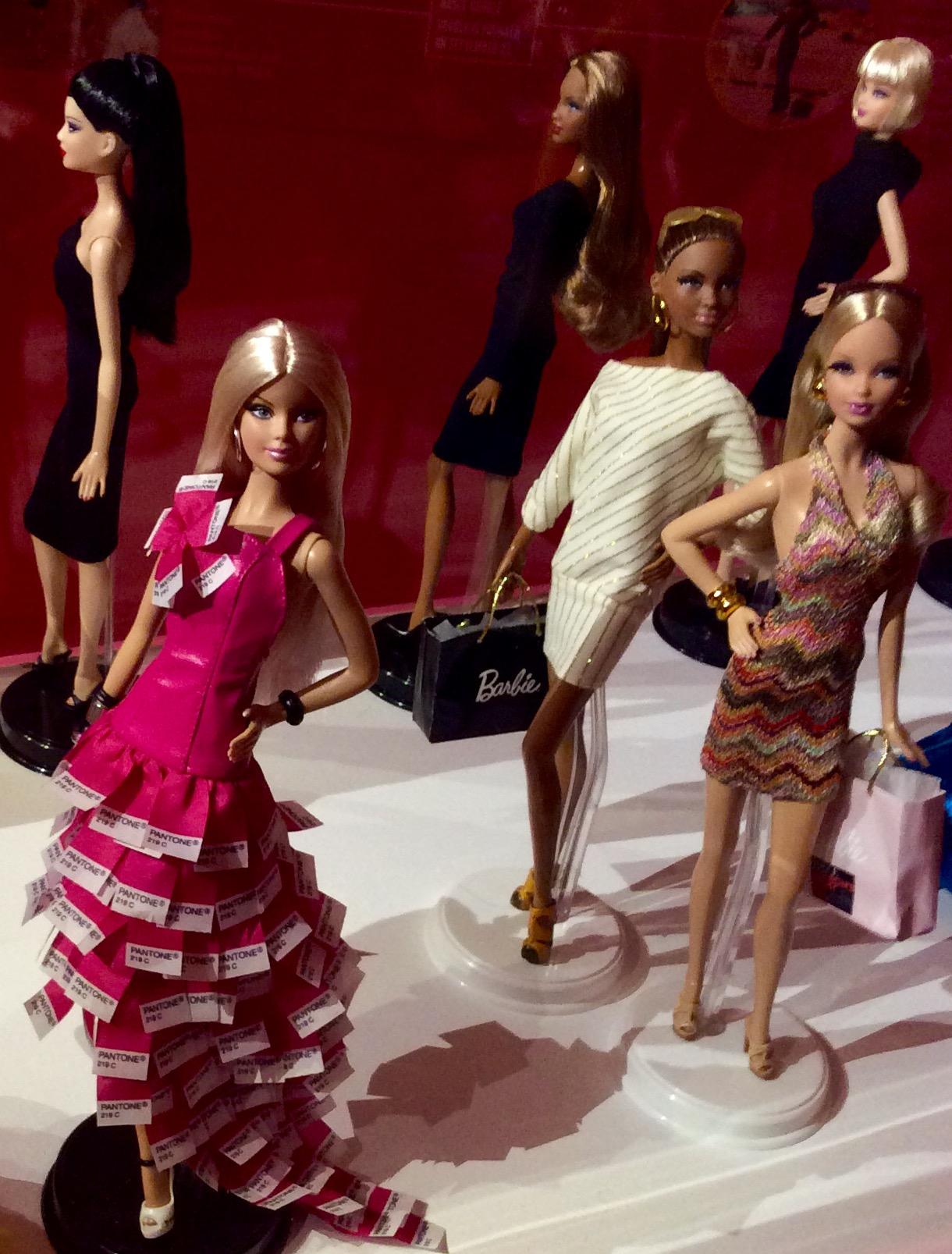 Il colore rosa di Barbie, Pantone n. 128
