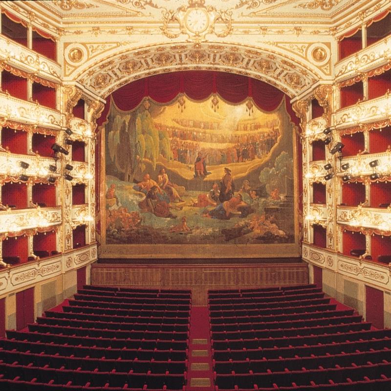 Palco e loggiato Teatro Regio