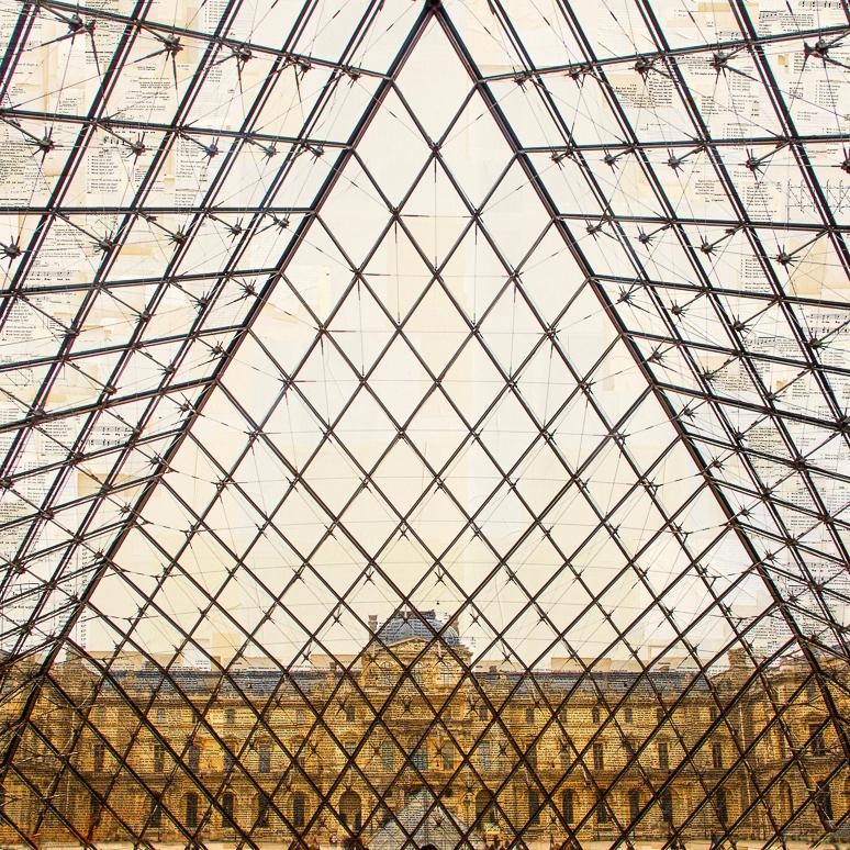 """""""Parigi, La Voliera"""" stampa fotografica su collage di pagine di libri d'epoca 130x130 cm 2015"""
