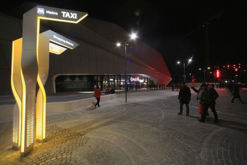 Stroili - Parcheggio dei taxi