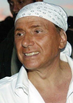 Come vestono i politici? Silvio Berlusconi