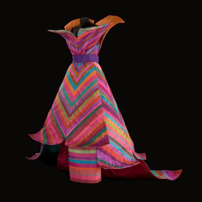 Una mostra sulla ricerca della Regalità del Maestro della moda del XX secolo: Roberto Capucci