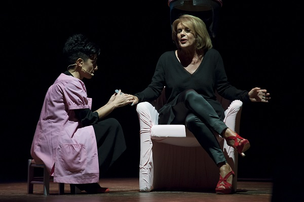 Ferite a morte, il progetto teatrale sul femmicidio