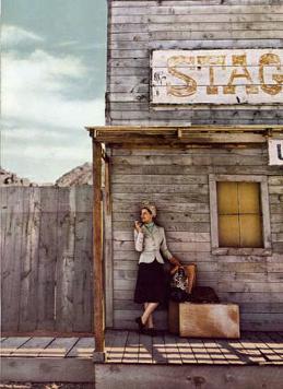 Diana Vreeland fotografata da Dahal Wolfe per Harper's Bazaar
