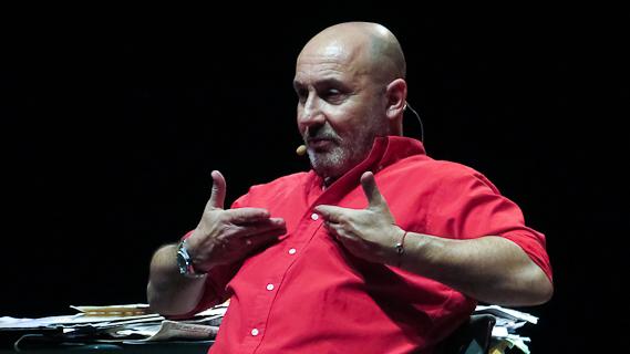 L'intervista a Maurizio Battista