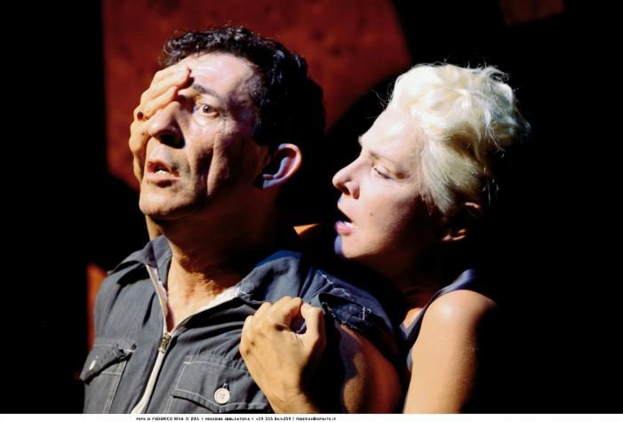 Il mondo non mi deve nulla – Con Claudio Casadio e Pamela Villoresi