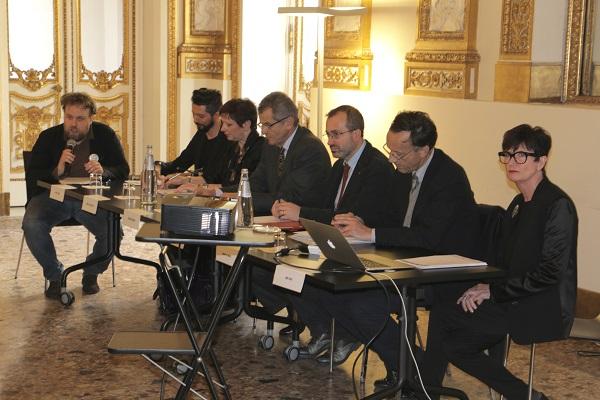 Un momento durante la conferenza stampa