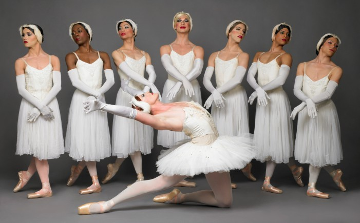 Les Trocs: Raffaele Morra danzatore del celebre corpo di ballo, ce le racconta.