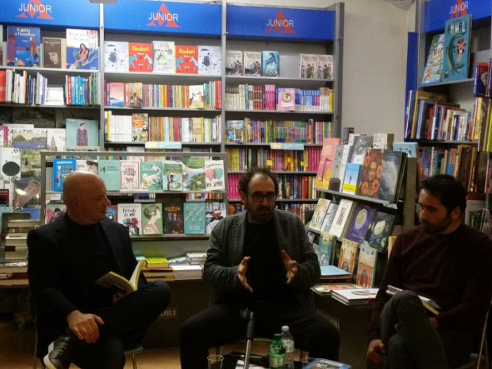 Regressione suicida: la filosofia interroga il pubblico in libreria