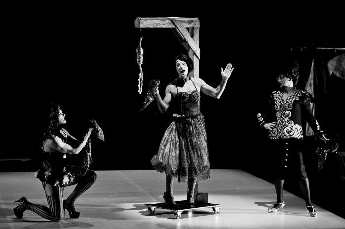 DragPennyOpera o l'Opera di  John Gay secondo le Nina's Drag Queens