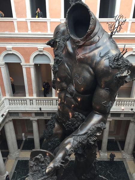 20 Demon with Bowl (Exhibition Enlargment), Resina dipinta, Palazzo Grassi