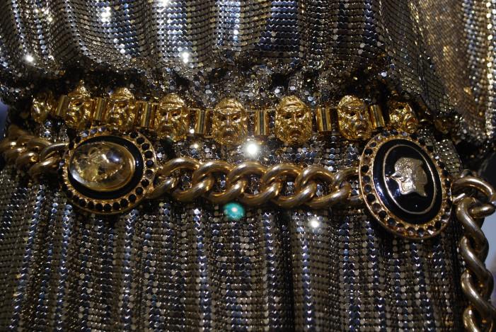 Gianni Versace al MANN: il linguaggio della moda si interfaccia con l'Archeologia