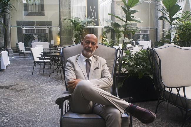 HOTEL PALAZZO CARACCIOLO-Direttore