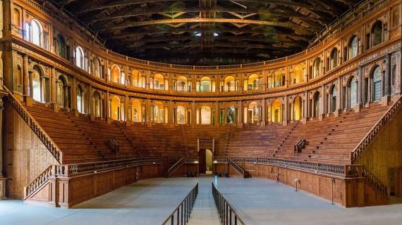 La Giornata Mondiale del Teatro. La pandemia e le iniziative di rilancio delle piccole comunità