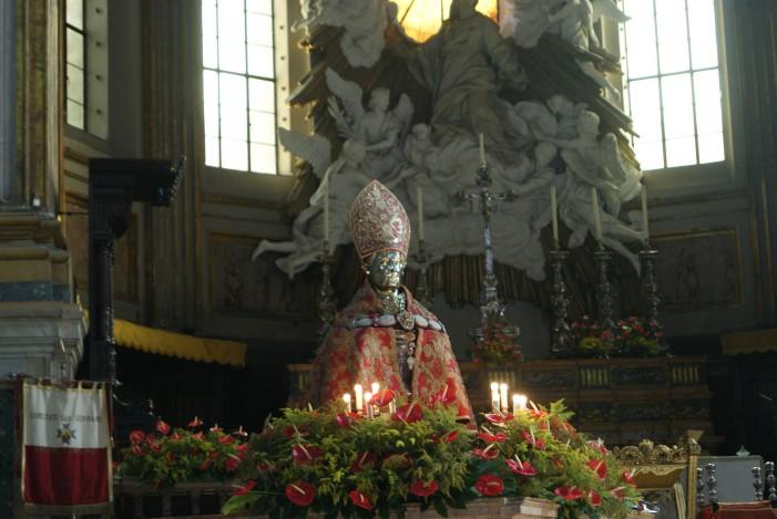 San Gennaro: la festa tra sacro e profano