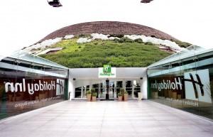 L'Holiday Inn_all'interno del Vulcano Buono