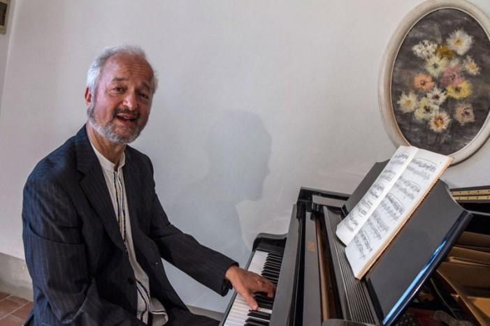 """Il pianista Gabrio Fanti si racconta: """"La mia musica è come una miniera preziosa"""""""