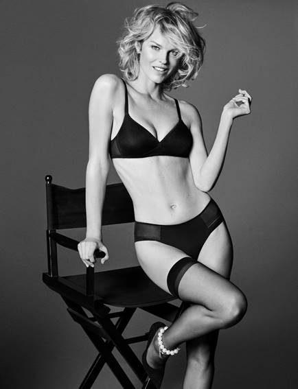Eva Herzigova lingerie sexy