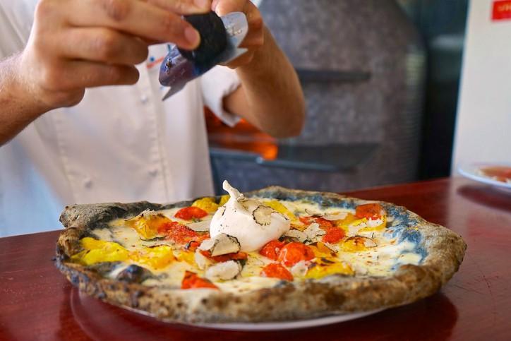 O Munaciello pizza tartufo