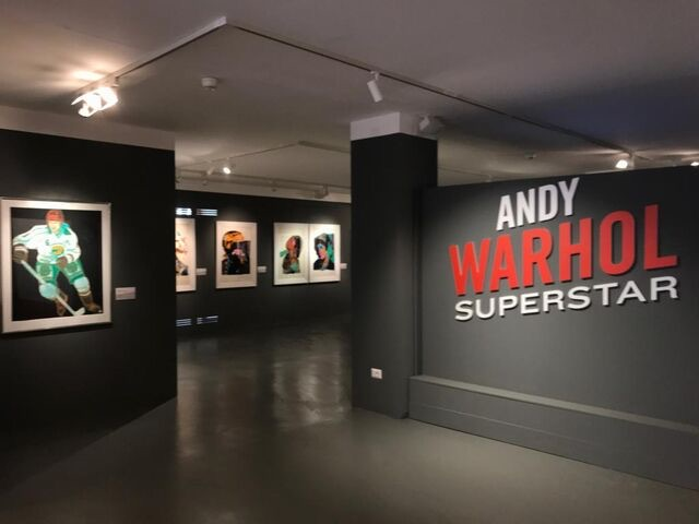 Andy Warhol Superstar, la Pop Art invade Cortina!