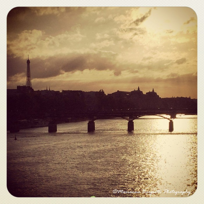 Ritrovarsi a Parigi: un libro non solo romantico