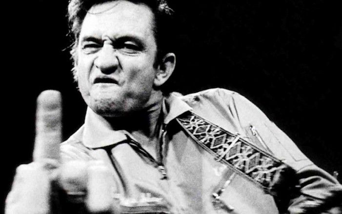 Johnny Cash, il cerchio di fuoco di The Man in Black