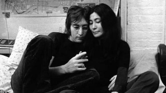 Accadde Oggi: 50 anni fa il matrimonio tra John Lennon e Yoko Ono. Ecco l'ultima lettera del cantante all'amata artista