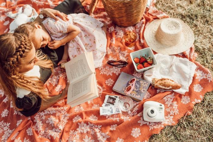 Festa della mamma 2019: l'amore, la storia, le iniziative sociali