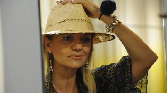 Il cappello in valigia per viaggiatori vagabondi dallo spirito libero